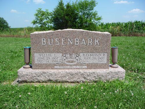 Busenbark grave (2)